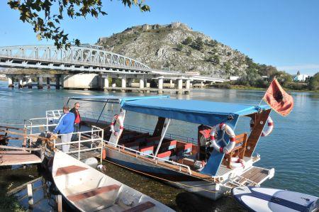 Vom Campingplatz Legjenda - Bootsausflug auf den Skutarisee