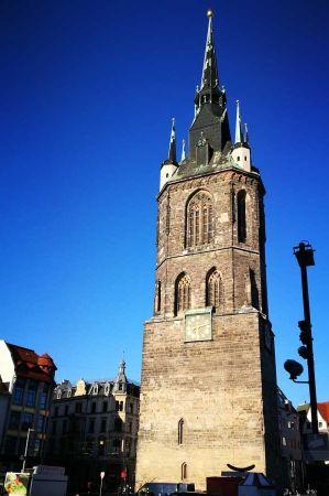 b_450_450_16777215_00_images_deutschland_sachsen-anhalt_brunnen-halle-2.jpg