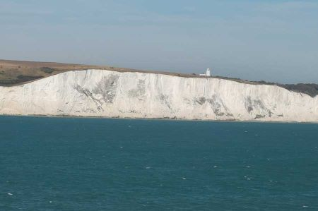 b_450_450_16777215_00_images_england_kent_white-cliffs-3.jpg