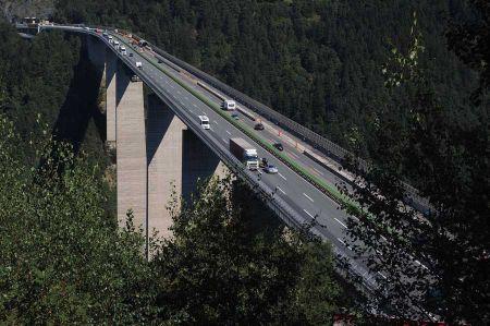 b_450_450_16777215_00_images_italy_verona_brenner-autobahn-2.jpg