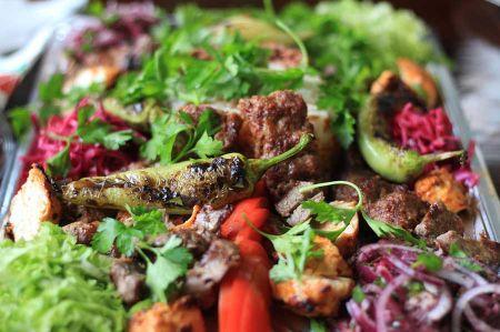 b_450_450_16777215_00_images_leben_kulinarisches-2_regionale-spezialitaeten-1.jpg