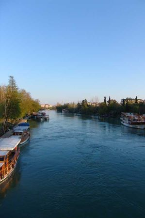 b_450_450_16777215_00_images_turkey_turkish_riviera_side_manavgat_manavgat-fluss-1.JPG