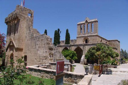 Bellapais - traumhaft schöne Klosteranlage!