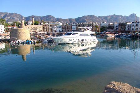 Girne - ein malerischer Hafen erwartet Sie!