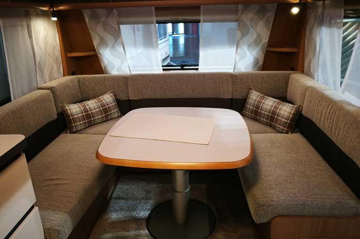 Wohnwagen Mit Zwei Etagenbetten : Wohnwagen auf dem caravan salon gestern & heute