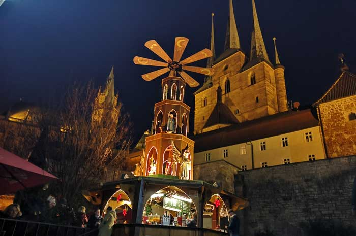 To the end of the year a last Christmas market in Erfurt