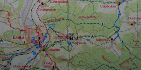 Hiking from Kahla up to the Leuchtenburg passing Seitenroda