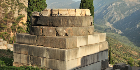 Delphi - The Oracle and the Wall constructions are well known