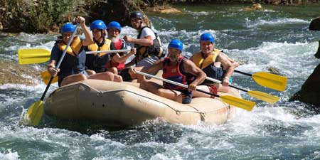 Rafting adventure on the river Cetina close to Radmanove Mlinice