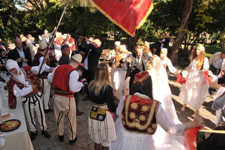 Albanische Hochzeit Tradition