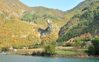 Koman Stausee - interessante Fahrt zu den Bergbauern