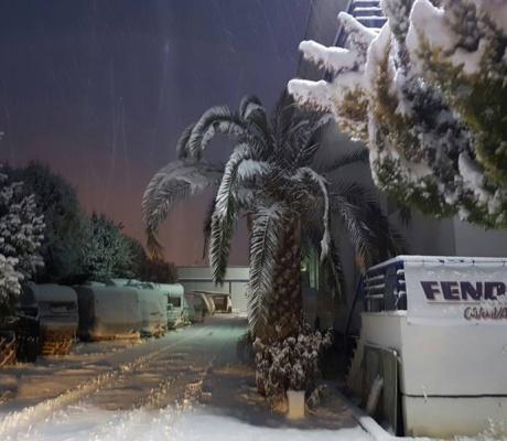 Zampetas Karavan Park ve Servis Alanı, Perea, Selanik