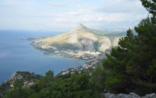 Hike to the refuge Imber Height at Omis