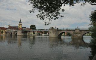 Kitzingen - along Main river to citizens' festival for integration