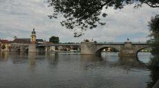 Kitzingen - Mainpromenade und Bürgerfest zur Integration