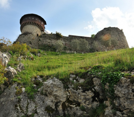 And some more impressions of the castle of Petrela