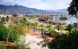 Exhibits of Sculptor Symposium at the port of Alanya