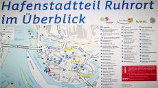 Duisburg - walking along Ruhrort harbor