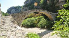 Wandern - Die steinernen Bogenbrücken im Pindos