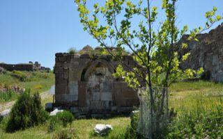 Mytilene auf Lesbos - antike Festungsruine von Mitilini