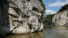 Walking-Tracks along the Danube River from Kelheim -  the Danube Gorge