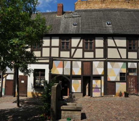 From Vienna to Wittenberg - Cranach followed call of money