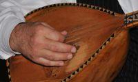 Die Saz – das traditionelle Instrument türkischer Barden