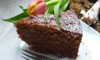 Pinot Noir chocolate cake with vanilla ice cream