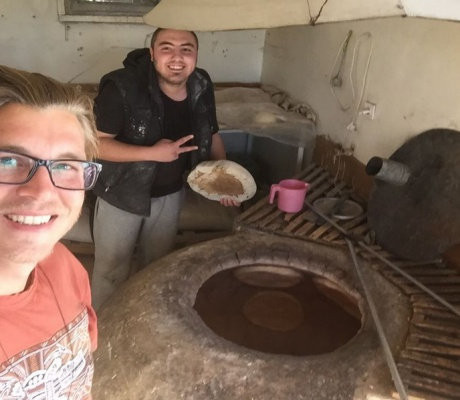 Khachapuri bread from the clay oven - a specialty from Georgia