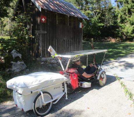Jean-Yves -Solar-Trike und der Mini-Caravan - nur ein Versuch?