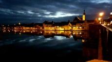 Weihnachtliche Stimmung auch in Kitzingen - es leuchtet!