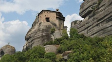 From Rapsani to the monks & cloisters of Meteora