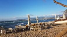 Fierce wind but bright sunshine in Perea