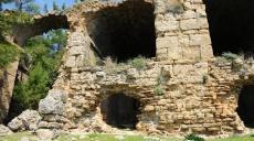 The Roman Bath or Hamam in Seleukia / Lyrbe