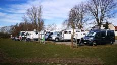 Der Frühling naht - erste Camper auch am Main unterwegs