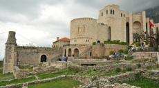 Skanderbeg Museum - Albanian history in elaborate pictures