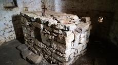 The chapel on the island of Shurdhahi - the ancient Sarda