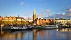 Spaziergang an der Weser - Braukunst und Platanen
