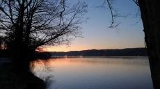 Wolkenloser Himmel an Neujahr lockt uns zum Kemnader See