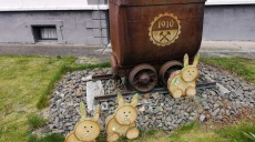 Easter Bunny made of tree slices - but why Bunny?