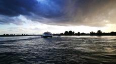 Die Rheinfähre Langst–Kaiserswerth - Abenddämmerung