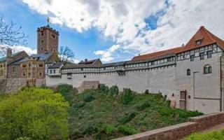 The Wartburg near Eisenach - the myth about the oath swords