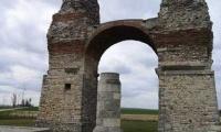 Hiking the Heidentor - a walk outside Carnuntum