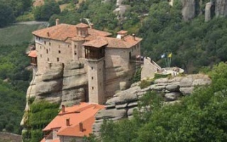 Metéora - Monasteries in the spectacular side of Kalambaka
