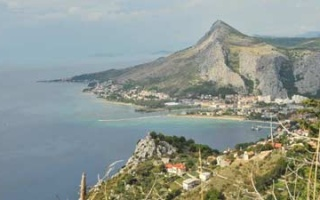 Paragliding Take-off in Omis