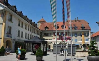 Through the old town of Avenches from Murtensee Camping