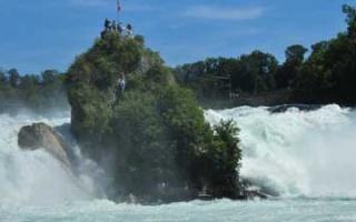 Short stop at the Rhine Falls near Schaffhausen