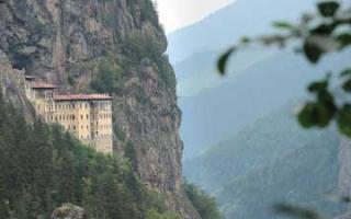 Trabzon - Stadt der Kirchen und Klöster