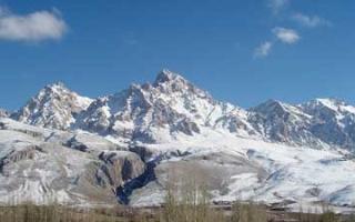 Aladağlar Summit - Journey to the 3,000 metre peaks